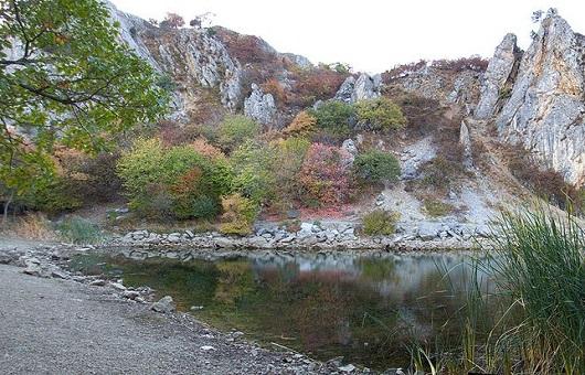 Озеро у поселка Краснокаменка. Кадр сделан в 2009 году Андреем Булавинцевым
